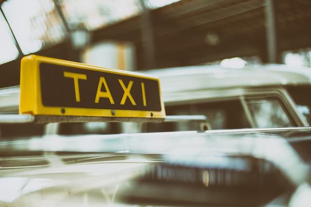 """כמה עולה מונית לנתב""""ג?"""